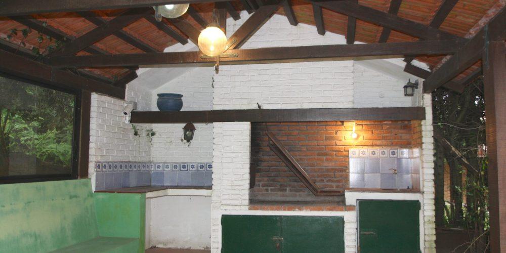 casa en venta en Punta del Este VENDE www.puntadelesteinvestments.com